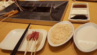 쿠시야 모노가타리 - 손님이 요리하는 튀김 가게