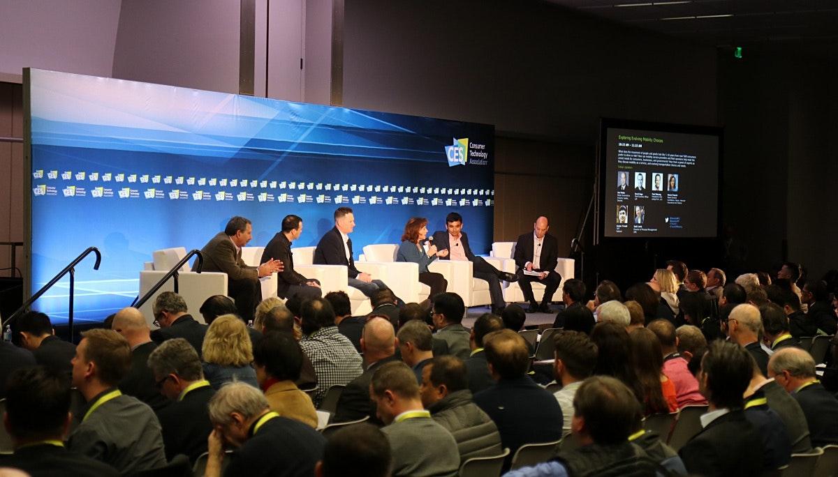 3. 컨퍼런스: 규제 많은 산업에 도전하는 혁신 기업