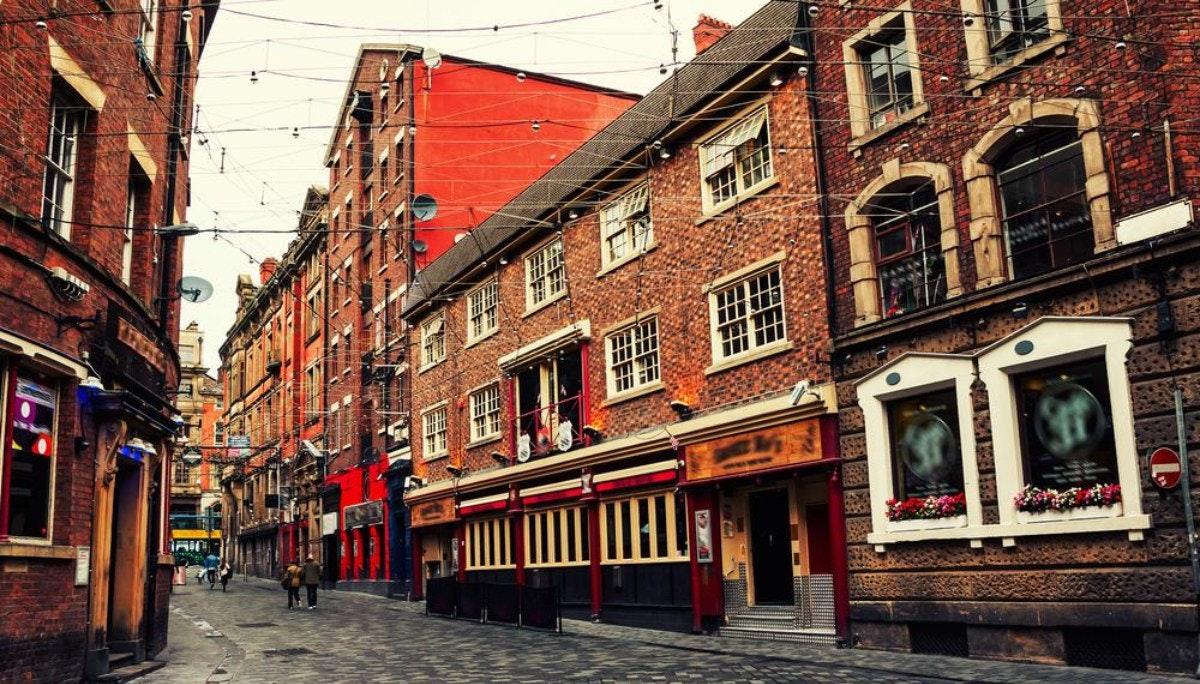 리버풀이 선택한 비틀스, 조선업, 노예제