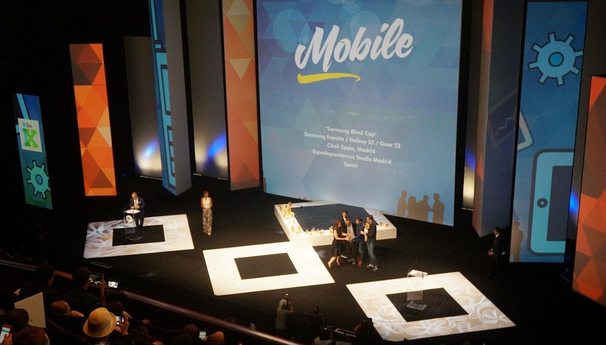 Mobile, Digital Craft, Print & Publishing: 수상작 리뷰 1