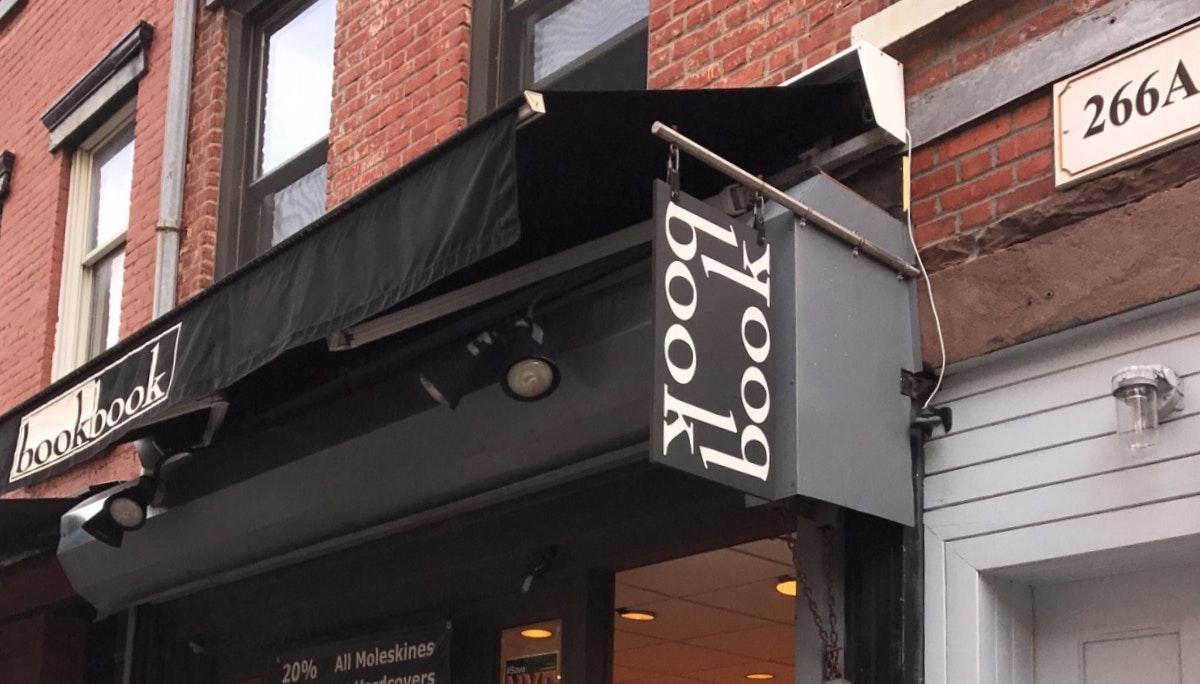 웨스트 빌리지 중심가를 지키는 Bookbook Bookstore
