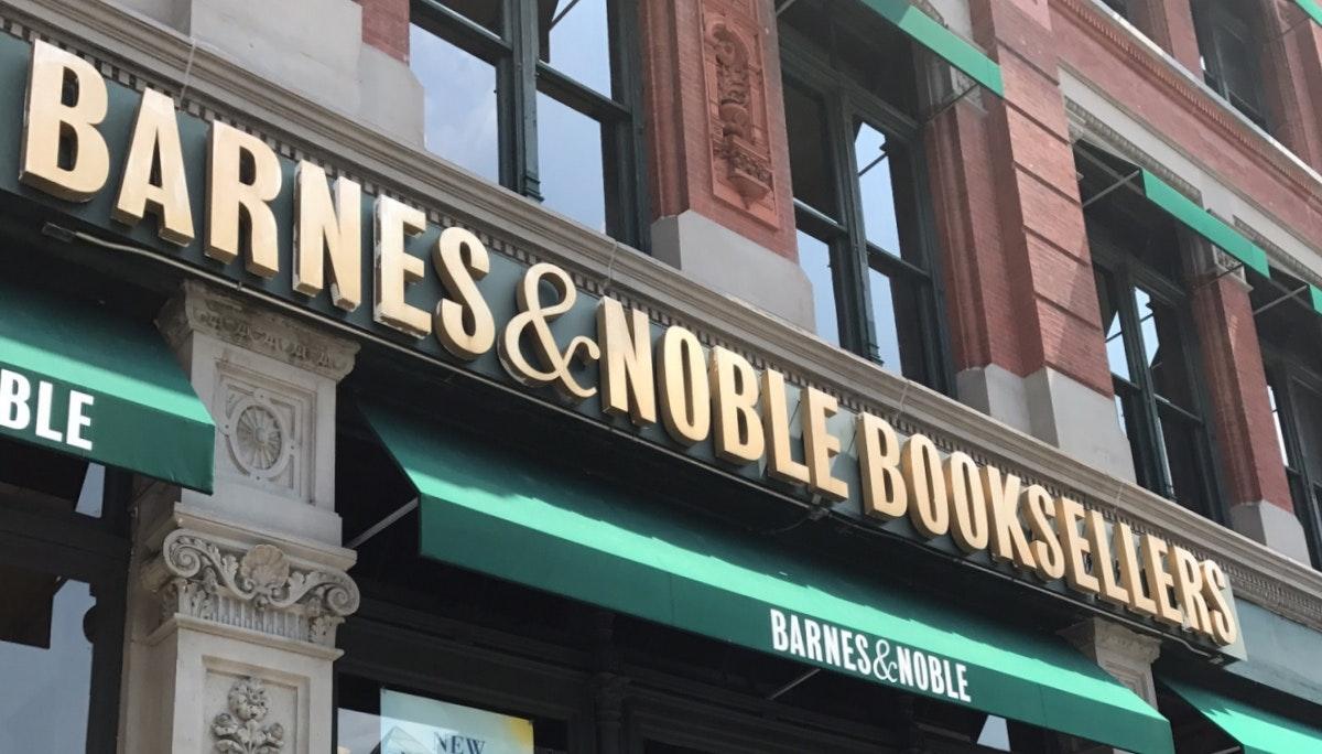 변화하는 시대, 고전하는 Barnes & Noble
