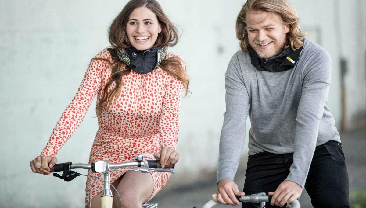 자전거를 탈 때도 에어백을: Hövding