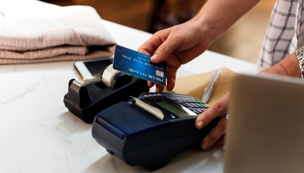 중국 밀레니얼 세대의 신용 카드 사랑