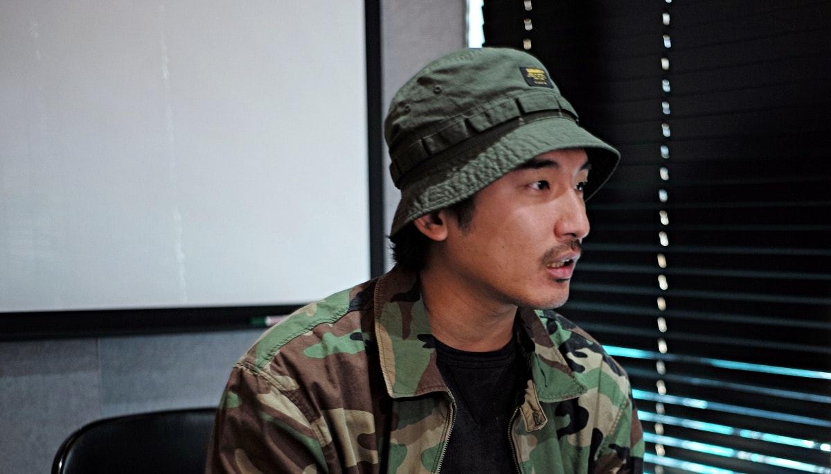 돌고래유괴단 신우석 감독 인터뷰: 바이럴 필름의 새로운 기준