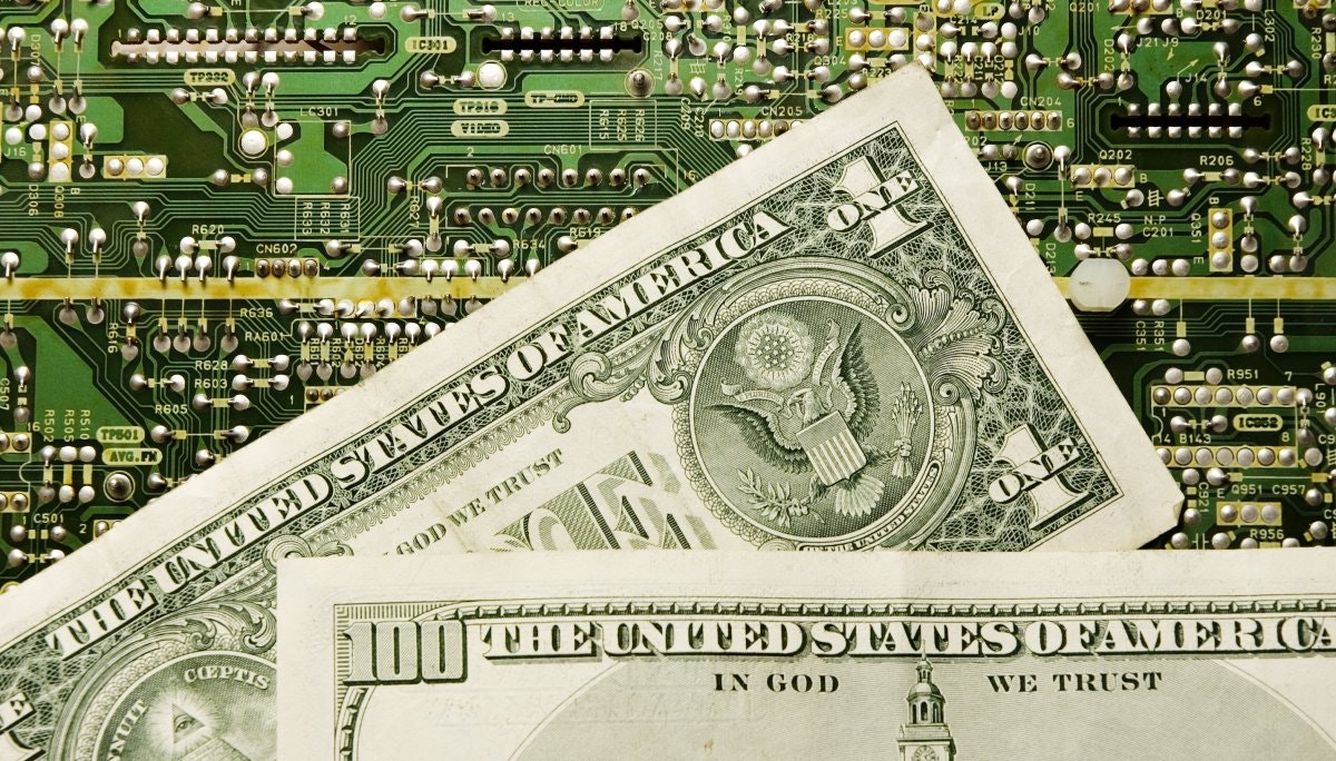 큐레이터의 말: 너무 많은 돈이 보잘것없는 수익을 쫓고 있다