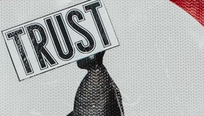 코드 5: 조건 없는 신뢰
