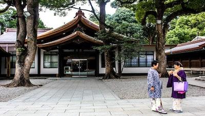 외국인 관광객 증가에, 한국은 호텔 짓고 일본은 공유민박