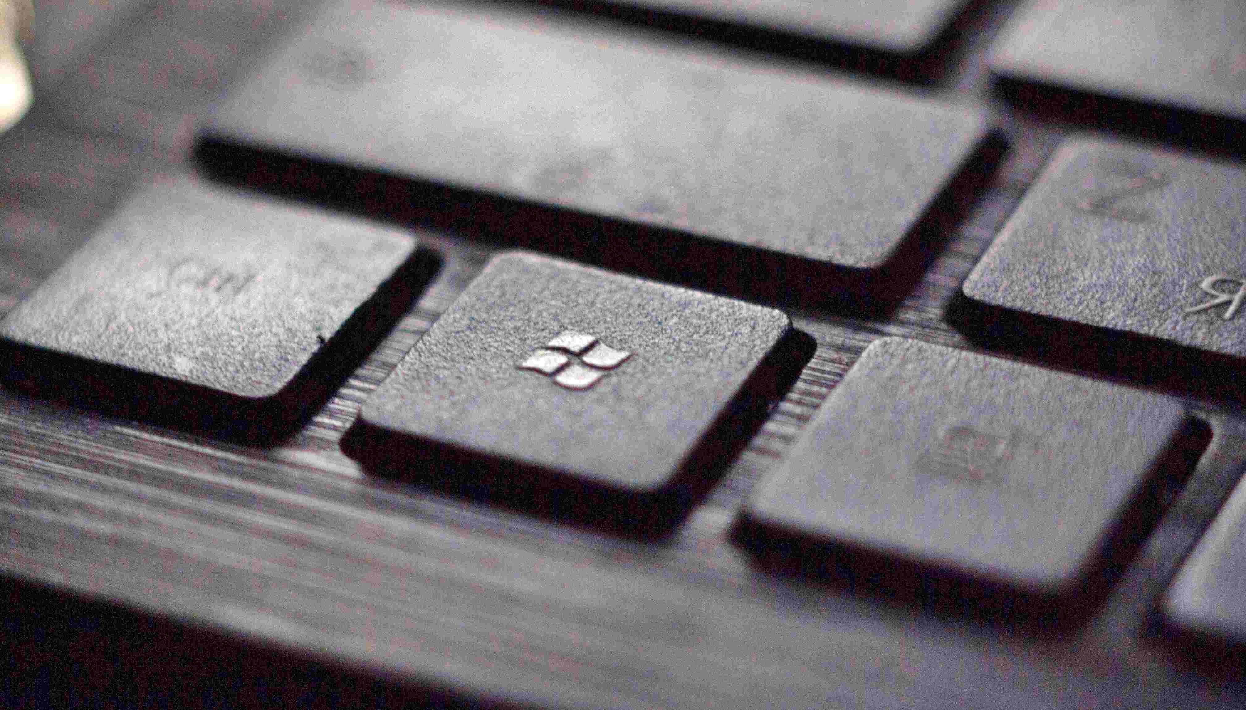 마이크로소프트 시총 1위 탈환의 비밀, 배우고 공감하는 커뮤니티 리더십